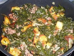 cuisiner le vert des blettes recette de fricassée de blette pomme de terre et chair à saucisse de