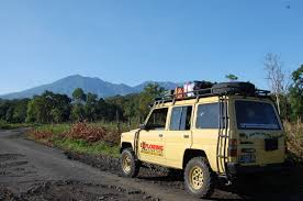 jeep indonesia warna indonesia tour ijen crater tour 2d 1n