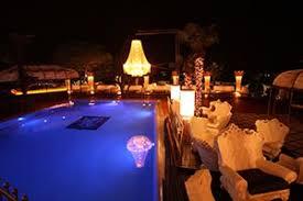 cena al lume di candela bardolino cena in piscina a lume di candela vivereinviaggio