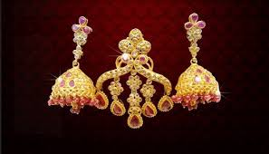 gold earrings for exquisite gold earrings for women chungath gold and diamond medium
