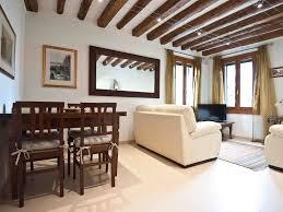 luxury waterside apartment with courtyard homeaway dorsoduro