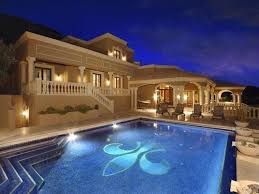 Cool Houses With Pools Homes For Sale With Palatial Pools The Mortgage Stop