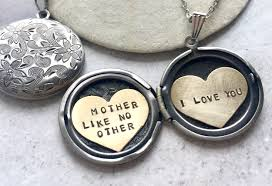 personalized photo lockets custom lockets personalized locket necklaces and pendants