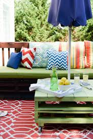 Pallet Furniture Patio by Pallet Patio Spring Refresh Blogger Stylin U0027 Home Tours Place Of