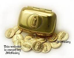 arras de oro caja de arras color oro de la virgen de guadalupe incluye 13 monedas