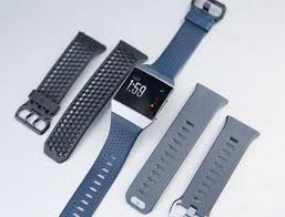 fitbit u0027s first smartwatch the ionic can u0027t compete with the apple