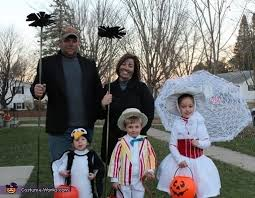 Halloween Costumes Mary Poppins 33 Family Halloween Costumes Absolutely Fantastic