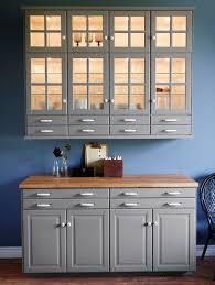 eclairage tiroir cuisine élément mural avec portes vitrées éclairage d armoire et tiroirs