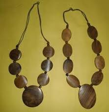 wooden necklaces wood necklace manufacturers suppliers traders of wood necklaces