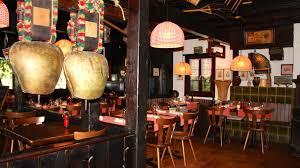 le bureau restaurant neuch el chalet suisse