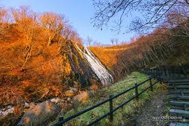 where to travel in november images Hokkaido in november autumn going to winter jpg