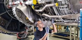 Turbine Engine Mechanic Longer More Complex Engine Lives Drive New Approach To Mro Air