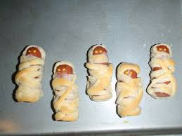 Halloween Appetizers With Pictures Mummy Dogs 4 Steps With Pictures