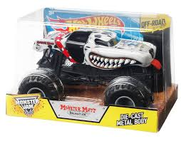 monster jam monster trucks amazon com wheels monster jam monster mutt dalmatian die cast