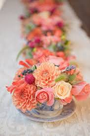 Diy Flower Centerpiece Ideas by Best 25 Summer Wedding Centerpieces Ideas On Pinterest Summer