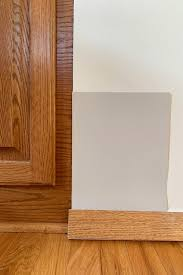what color kitchen cabinets go with oak floors paint colors for honey oak trim cabinets six more