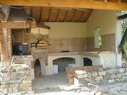 cuisine d été extérieure en realisation d une cuisine d ete et four à bois lozere