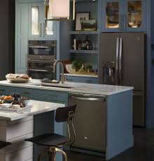 what color cabinets with slate appliances gorgeous smudge proof slate appliances ge appliances