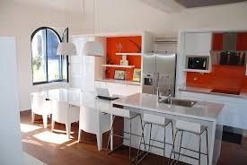 cuisine avec ilot central pour manger ilot de cuisine avec table et newsindo co