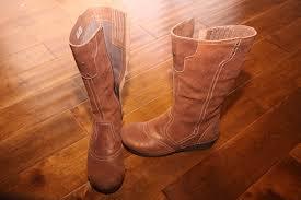 dansko s boots from dansko s fall collection the crepe boot momstart