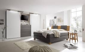 Schlafzimmer Komplett Bett 180x200 Schlafzimmer Ideen Braunes Bett Rheumri Com
