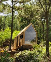 forest house chu văn đông perches forest house in the mountains of vietnam