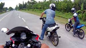 cdr bike price drag race honda cbr 150 vs suzuki raider belang satria fu 150