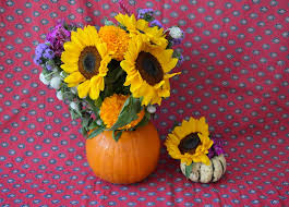 How To Design Flowers In A Vase How To Turn A Pumpkin Into A Flower Vase Inhabitots