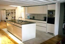 cuisine blanche parquet cuisine sol parquet parquet dans une cuisine cuisine blanche avec