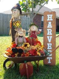 Fall Harvest Decorating Ideas - fall yard decorating ideas scary halloween decorations props