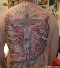 jesus christ hanged on cross tattoo on back body tattoo viewer com