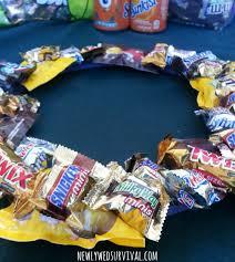 how to make a halloween wreath halloween project how to make a candy wreath booitforward cbias