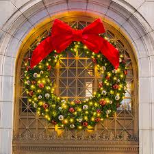 large outdoor commercial wreaths downtown decorations