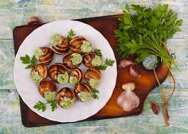 cuisiner des escargots les escargots 3 façons de les cuisiner à la cloche d or