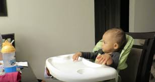 Best High Chair For Babies The Best High Chair For Baby Enjoying Healthy Foods
