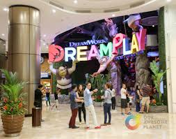 world of dreams events themed 1 3 world of dreams events dreamplay by dreamworks a review 11 tips for planning your