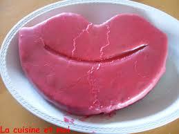 maman baise en cuisine tendrement sucré fortement salé gâteau baiser fête des
