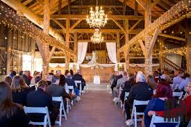 cheap wedding venues indianapolis 13 stunning barn wedding venues near indianapolis rustic