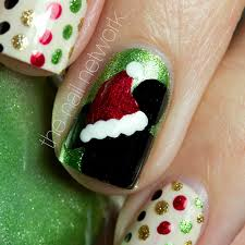 imagenes uñas decoradas mickey mouse mickey mouse christmas nail art decided that a trip to wdw in the