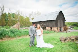 Enchanted Barn Hillsdale Wi Kristie Nick Married The Enchanted Barn Eileen K Photography