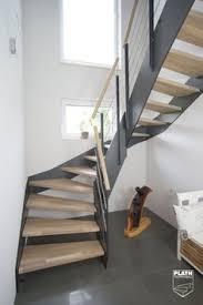 hpl treppen hpl treppe mit stufen und handlauf in der holzart eiche gekälkt