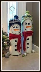 Diy Outdoor Christmas Decorations by Best 25 Log Snowman Ideas On Pinterest Log Projects Logged Out