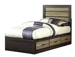 Twin Bed Frame For Headboard And Footboard Diy Twin Bed By Shanty2chic Such A Great Headboard With This Chic