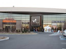 mall hours of operation and easter sales