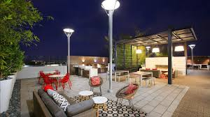 the alton apartments irvine business corridor 2501 alton alt the alton apartments rooftop deck