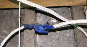 home inspectors see wiring faults in roof cavity housecheck