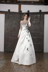 robe de mari e noir et blanc collection 2017 robe de mariée
