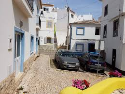 shop for sale in the center of the beach village burgau burgau