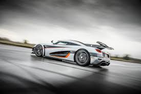 koenigsegg cars pushing the limits picture this our 25 hottest car photos of the year