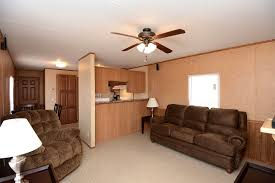 interior decorating mobile home livingroom rentals wheel mounted mobile homes tanmar companies llc